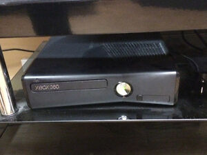 XBOX 360 240GB, 2 controllers, wireless charger, games $250 Moose Jaw Regina Area image 3