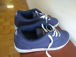 Navy Blue Launch style Heelys size 11