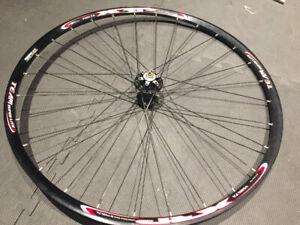 29er (700C) 29er/Road front wheel