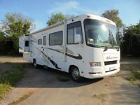 Ford Four Winds Hurricane 31 H 6 Berth LOW MILEAGE American RV For Sale