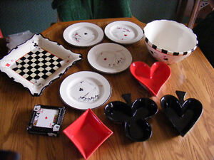 Card playing dishes