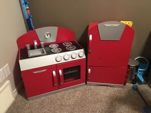 Masterkids red kitchen and accesories