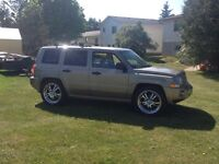 07 Jeep Patriot 4x4 looking trade for truck