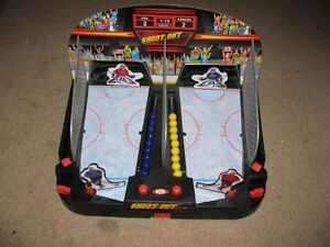 IDEAL - Shoot Out Motorized Hockey Game