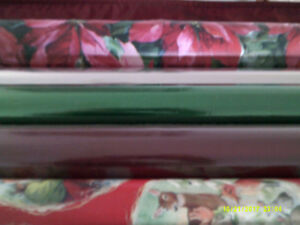 DECORATIVE CHRISTMAS/HOLIDAY GIFT WRAP AND BOWS FOR SALE
