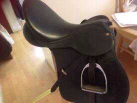 Wintec wide saddle