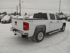 2015 GMC Sierra 1500 Base Crew Cab Short Box 4WD Peterborough Peterborough Area image 6