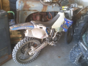 2002 yz250f race bike