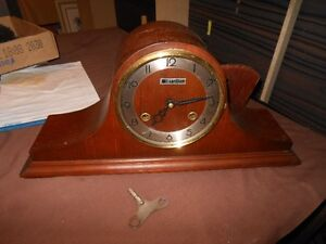 Vintage Napoleon Mantle Clock