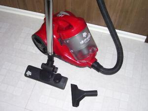 Dirt Devil Bagless Vacuum Cleaner