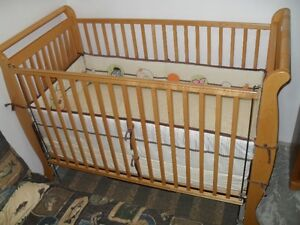 STORK CRAFT SLEIGH CRIB FOR SALE