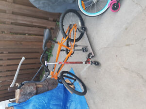 Boys bike and scooter for sale 30.00 obo