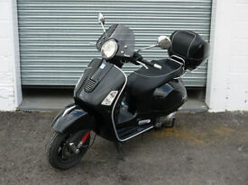 PIAGGIO VESPA GTS 300 SUPER MOTORBIKE MOPED SCOOTER CLASSIC BIKE MOTOR BLACK