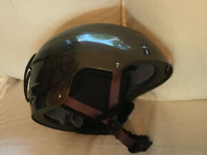 Size small Giro helmet for child - like new - snow board or ski