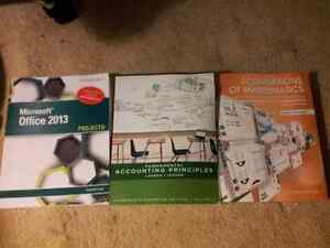 College Textbooks  Peterborough Peterborough Area image 1