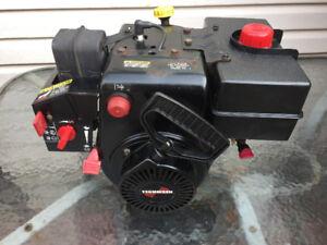 Tecumseh SnowKing Dual Shaft 10 Hp Snowblower Engine