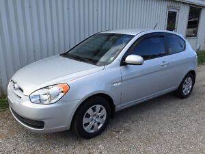 2010 Hyundai Accent GL Coupe (ONE OWNER ,ONTARIO CAR)