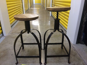Elte Industrial Style Bar Stools