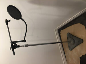 Heavy Duty Microphone stand and POP filter