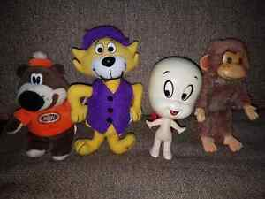 "4 Vintage Toys/Plush. (Roughly 6"" in height each)"