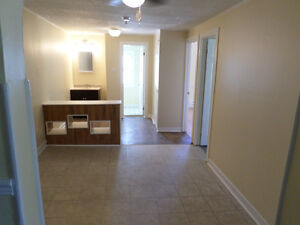 Nice 2 Bedroom upstairs with appliances $925 all inclusive