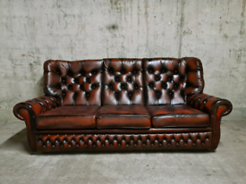 FREE DELIVERY 🚚 Stunning Ox Blood Red Chesterfield 3 seater Sofa