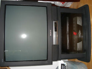 "Sony Trinitron TV27"" (stand, satellite receiver)"