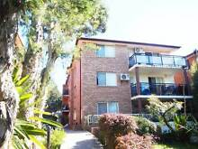 spacious 2 bedroom unit with lock up garage Homebush West Strathfield Area Preview