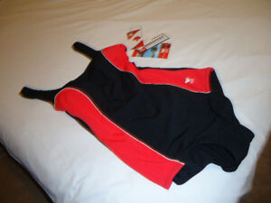 Smart bathing suit in red and black