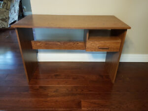 Student desk...Good condition...$35 obo, ALSO 2 lounge chairs