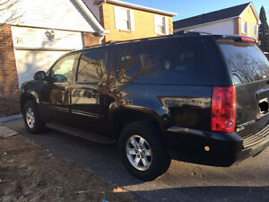 Mint condition 2011 GMC Yukon XL SUV, with Gas & Propane
