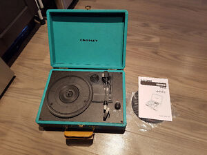 Crosley CR8005A Portable Turntable