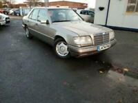 1994 Mercedes-Benz E Class 2.2 E220 4dr Saloon Petrol Automatic