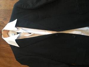 Men's Suit (2 Piece) w/ White Dress Shirt   *Perfect for Prom*