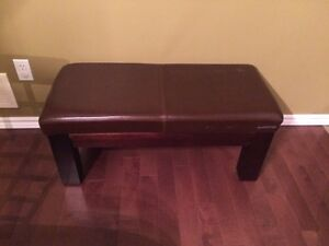 Brown leather ottoman/bench