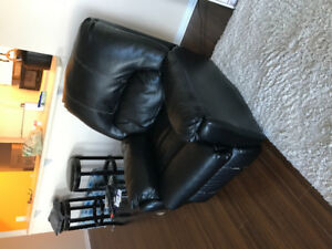 Leather electric recliner. Like new