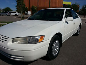1997 TOYOTA CAMRY LE 266kms CLEAN CAR PROOF SAFTIED MINTY