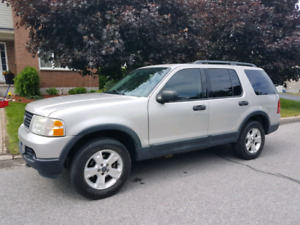 2003 FORD EXPLORER SUV 4X4 V8 7 PASS. , 180K KM, CLEAN CONDITION