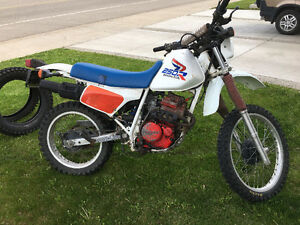 1987 Honda xl250 $1300 Enduro