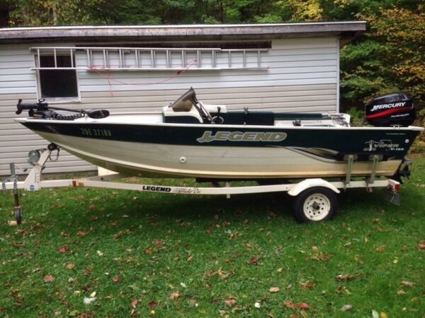 Used 2004 Legend Boats viper v-165