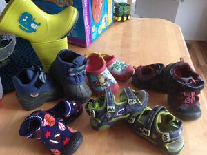 Souliers -bottes-sandale garcons