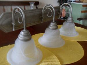 Contemporary Bathroom Vanity Light EXCELLENT Condition!
