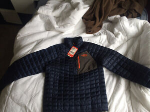 North Face Thermoball Pull Over - Brand New SMALL