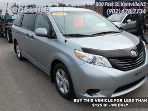 2011 Toyota Sienna   - $121.17 B/W