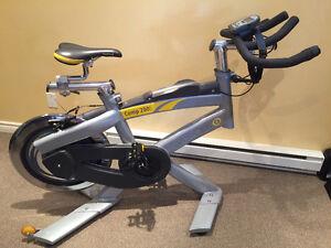 Vélo de Spinning CycleOps Comp 200