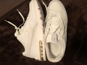 Nike Air Max all white size 11 80 obo
