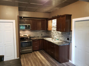 Furnished or unfurnished apartment available in promontory.