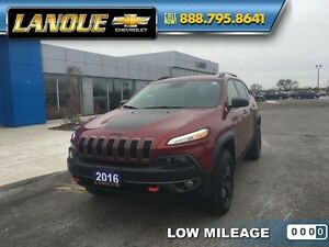 2016 Jeep Cherokee Trailhawk   ALMOST NEW-LEATHER-TRAILRATED-ONL