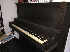 Working piano and bench