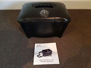 i-Case Dry Box Camera/SLR Case Carrier Southbank Melbourne City Preview